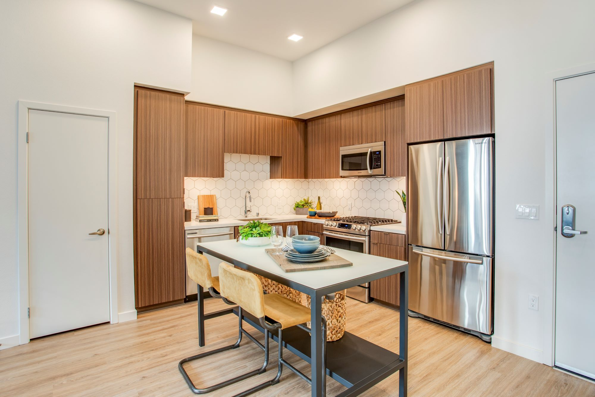 Oceanaire New Pet Friendly Apartments For Rent In Long Beach